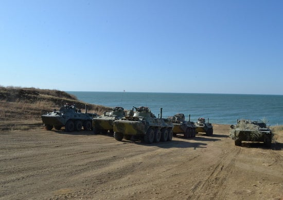 Российские военные проводят учения в Крыму и отрабатывают «захват с моря»